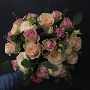 White, champange and pink seasonal bouquet