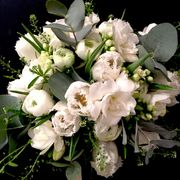 White springbouquet