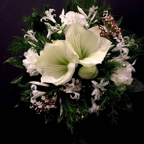 White cristmas bouquet