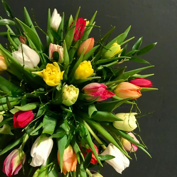 Colorful tulipbouquet